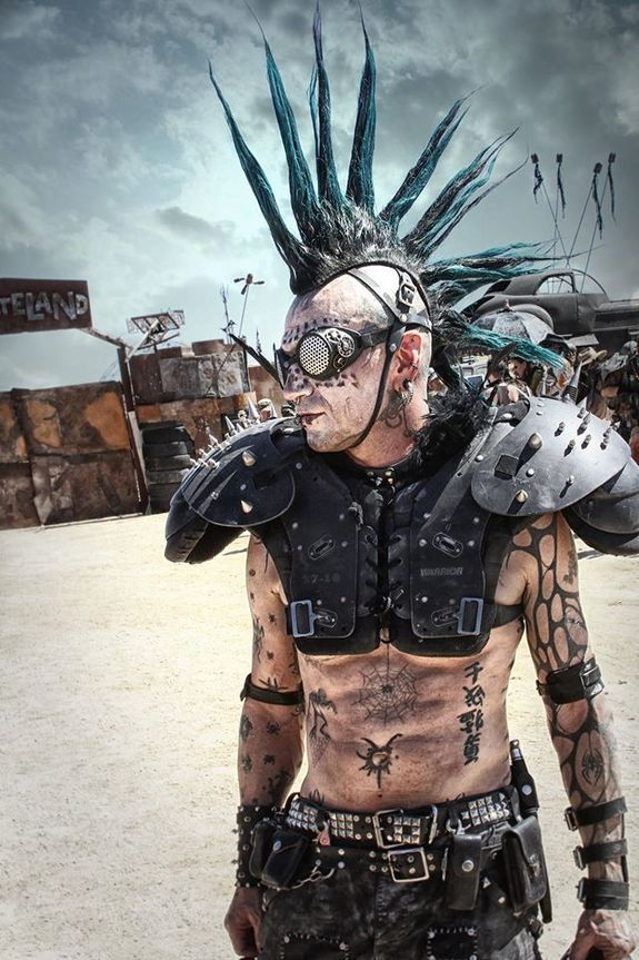 Wasteland Weekend 2015: A 4-Day Outrageous Post-Apocalyptic Party in California's Mojave Desert | Stan Winston School of Character Ar