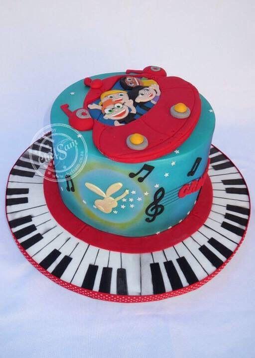 Little Einsteins Cake (flight of the instrument fairies)