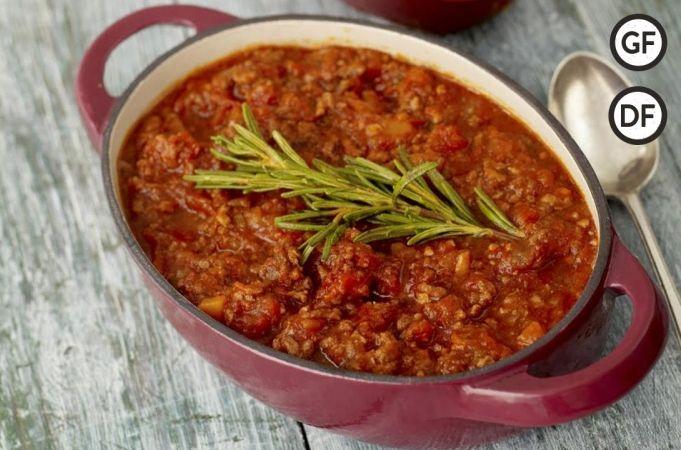 Family spaghetti Bolognese ~ Jamie Oliver