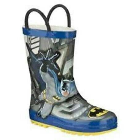 READY STOCK KIDS RAIN BOOTS KODE : BATMAN PRICE : Rp.190.000,- AVAILABLE SIZE : - Size 25 - Size 29  FOR ORDER : SMS/WHATSAPP 087777111986 PIN BB 766A6420  #pusat #sepatu #boots #anak #retail #grosir #kids #rain #shoes #import #rubber #karet #hujan #anti #air #black #hitam #grey #abu #blue #biru #batman #forever #handle #pegangan #mayorishop #bogor #online #ready #stock