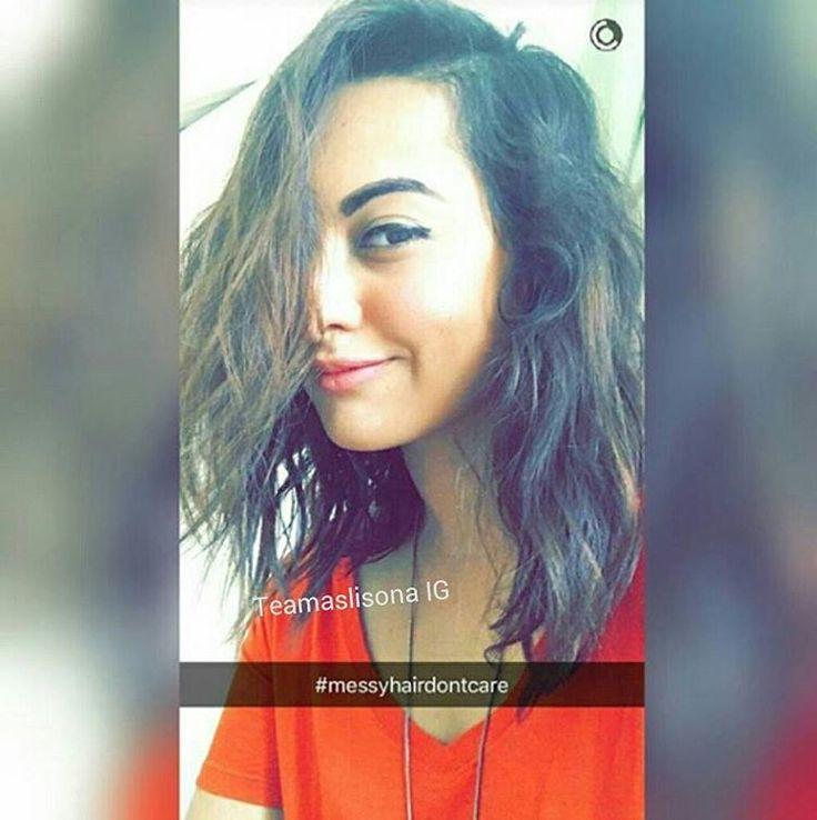 """Aww!! New Snap How so cute Selfie Her smile @aslisona ♡"""