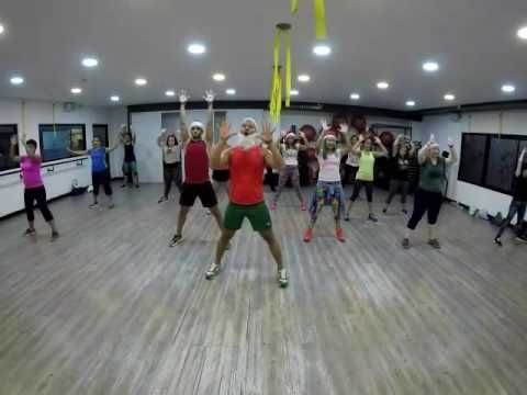 All I Want For Christmas Zumba - YouTube