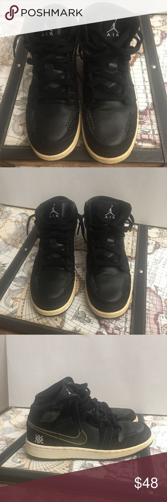 Air Jordan 1 Black ⚾️ 🔥🔥Size 6.5 Air Jordan 1 Black ⚾️ 🔥🔥Size 6.5....No 📦 box. The many pics included display all imperfections...They turned yellow but are in solid condition.. Never see to many pairs of them I have two... There is also a lil scuff on the right sneaker on the air Jordan symbol on the side.. Cool sneakers there called baseball ⚾️ Jordan's!!!! Probably could use laces Air Jordan Shoes Sneakers