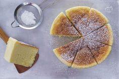 La cheesecake giapponese, conosciuta anche come Japanese cotton cheesecake, è un dolce che viene dal Sol Levante, buonissima e soffice come una nuova!