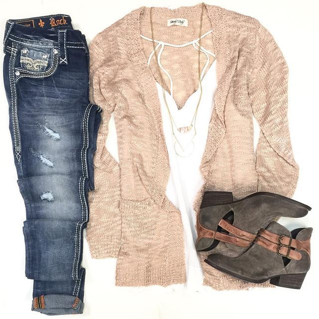 SPRING transition is in full swing at HT boutiques, don't miss out on our newest must have pieces in stores now! ➳blush cardi $38 • scallop tank $34 • skinny denim $174 || IN STORES NOW AT HT! #shophoitytoity