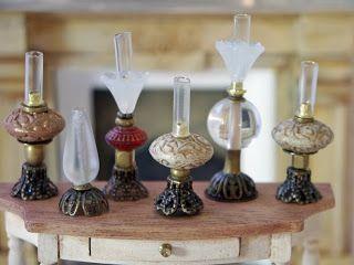 Syreenikuja - nukkekoteja ja miniatyyrejä: Helmistä / oil lamps made with beads