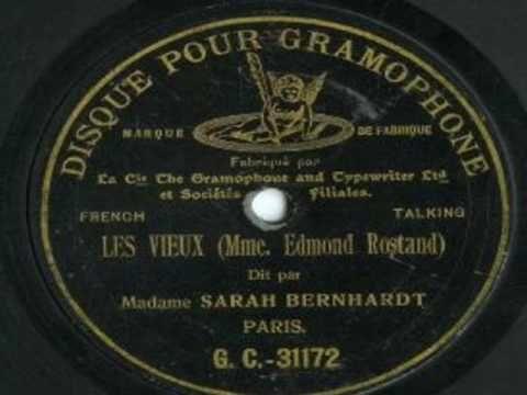 Udiva soltanto la voce di Sarah, cristallina e versatile come uno strumento musicale non ancora inventato. ▶ (Rare!) Sarah Bernhardt - Excerpts from 'La Samaritaine' (1903) - YouTube