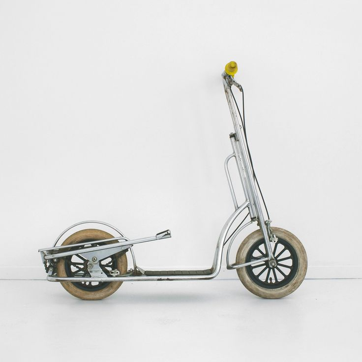 vintage italian push scooter, italian scooter, push kick scooter, chrome chain driven scooter, italian push kick scooter by homeandhomme on Etsy https://www.etsy.com/listing/248040140/vintage-italian-push-scooter-italian