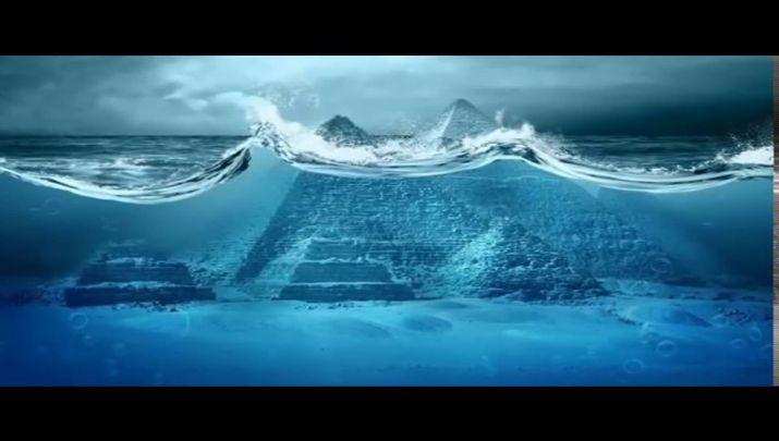 Biliyor muydun ? /// Camdan Yapılmış İki Devasa Su Altı Piramidi Bermuda Üçgeni'nin Merkezinde Bulundu