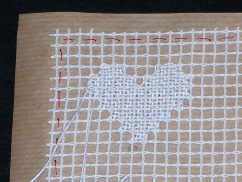 Filet Lace tutorial with excellent, clear photos