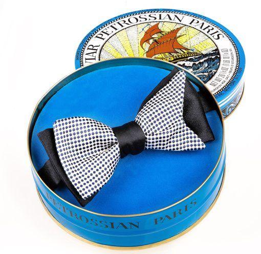 Le cravatier Maison F et la marque de caviar Petrossianse réunissent pour les fêtes de fin d'année. Ils nous dévoilent ainsi une collection exclusive comp