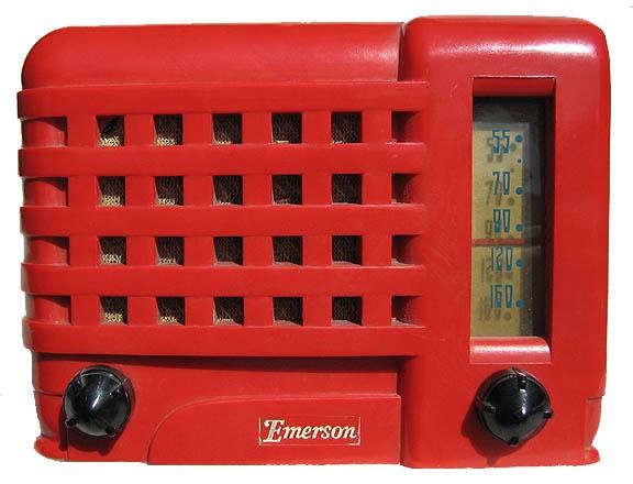 Old Bakelite Radio: Emerson Model