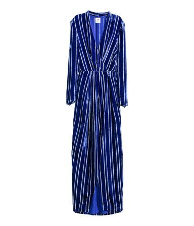 Dark blue/Striped. STUDIO COLLECTION. Velvet dress in a blend of silk and viscose with a deep V-neck, pleated wrapover front with covered buttons at the
