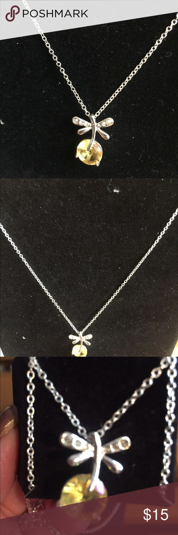 Necklace Beautiful  Dragonfly Dance necklace clear AVON Jewelry Necklaces