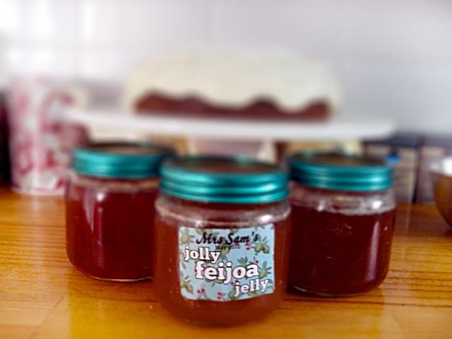 Mrs Sams feijoa jelly