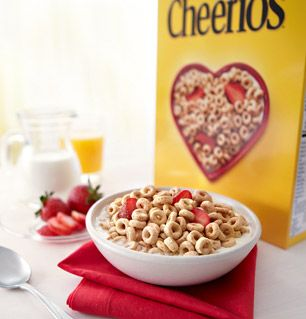What kinds of foods lower cholesterol?