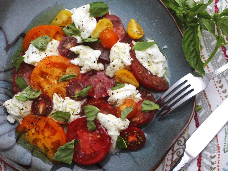 How to Not F#&k Up a Caprese Salad | Serious Eats