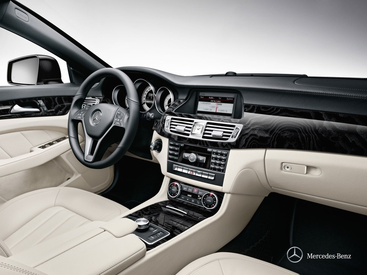 Mercedes-Benz CLS. A blend of outstanding beauty and intelligent design.
