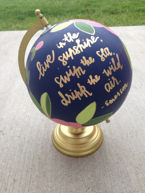 Peint le globe, globe floral, globe vintage à la main