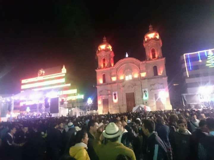 Ferias y fiestas en Honor al Divino Niño Patrono de Duitama .Cada año la mas esperada feria Bailable para los duitamenses que se celebra 5 a...