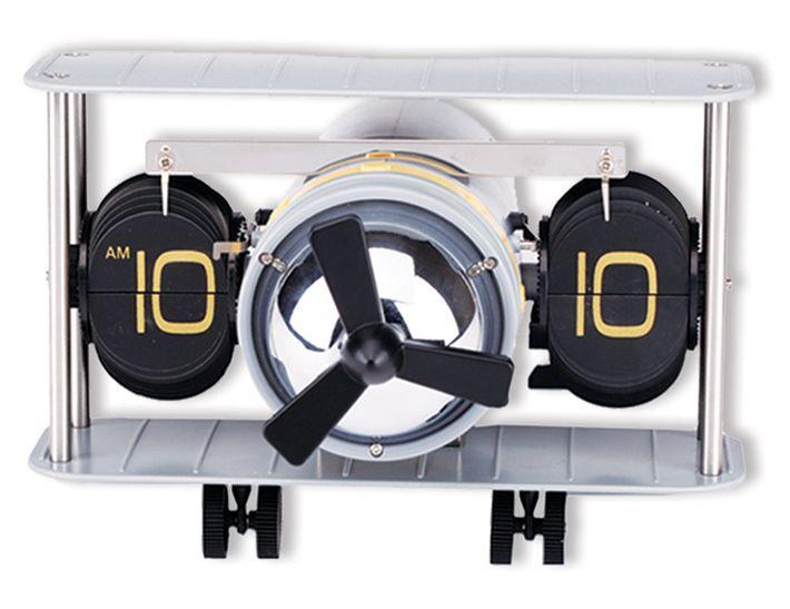 Hazerfan Özel Masa Saati Modeli  Ürün Bilgisi ;  Plastik ve metal parçalardan tasarlanmıştır. Ebatı : 18 cm x 9 cm x cm Sessiz çalışır Pervane saat çalışır durumda iken dönüyor Özel bir masa saatidir.