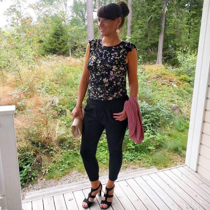 """152 gilla-markeringar, 19 kommentarer - Anna-Lena Nyfors-Norrgård (@annalena_nn) på Instagram: """"Note to self: du har 10 cm extra längd på grund av skorna och 5 cm på grund av hårbollen på…"""""""