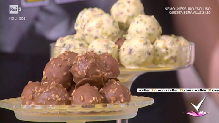"""""""Detto Fatto"""": la ricetta dei saltimbocca dolci (sfere di semifreddo) di Domenico Spadafora del 6 aprile 2017."""