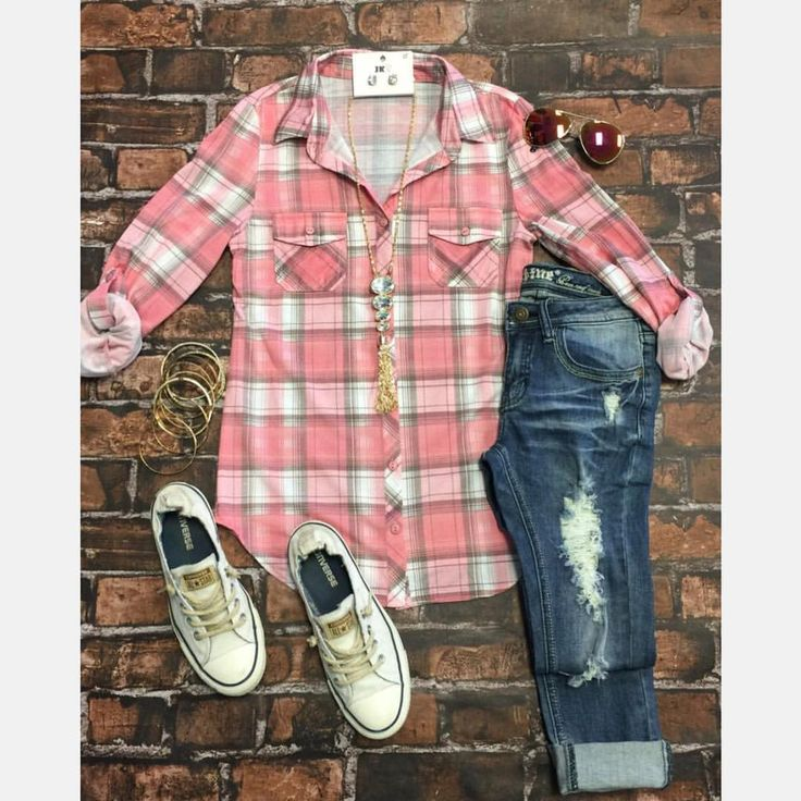 """32 Likes, 1 Comments - Privity Boutique (@privityboutique) on Instagram: """"RESTOCK ALERT Penny Plaid in Blush in sizes small- X large #fashion #fashionblogger #shopoholics…"""""""
