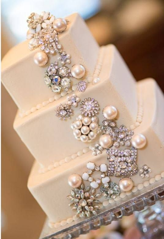 bejeweled wedding cake - if I did the pin donation from friends, this could be part of it. If I had enough friends.