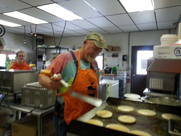 Jay Milburn cooking pancakes for Breakfast with the Easter Bunny!