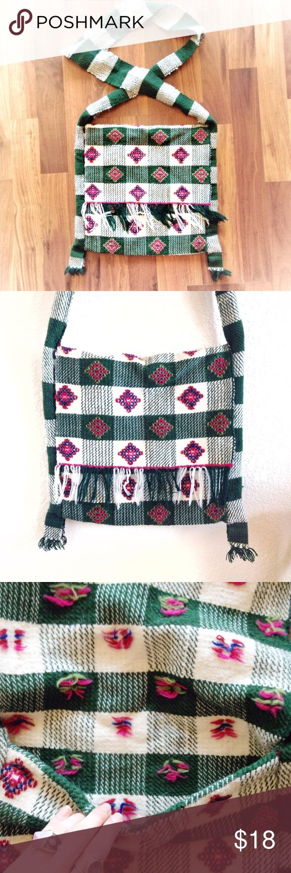 ✨Vintage✨Peruvian Handwoven Tote Bag Over Shoulder Beautiful, bohemian style woven bag. Per the style and fabric, the craftsmanship is either from Peru, Bolivia or Guatemala. I love this bag with jeans & a white tee, but it's a great item to add a little flare to any outfit! In like new condition... I doubt it's ever been used ❤️ Bundle & save! Make me an offer I can't refuse... 😜 Happy Poshing, lovelies! Vintage Retro Urban Outfitters Anthropologie Anna Sui Hipster Boho Vintage Bags…