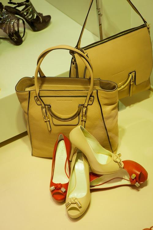 Evolution - Bags  #made in Italy #glamour #borsa #mano #cintura #heel
