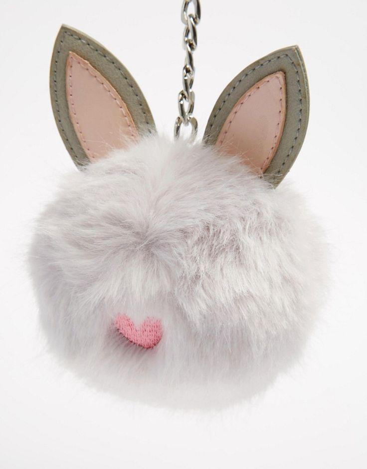 Imagen 3 de Llavero con pompón y diseño de conejo de ASOS