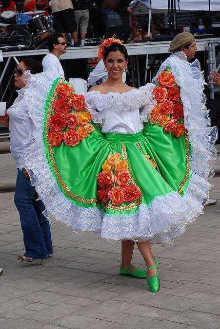 COLOMBIA Traje tipico colombiano by López Gutiérrez, via Flickr