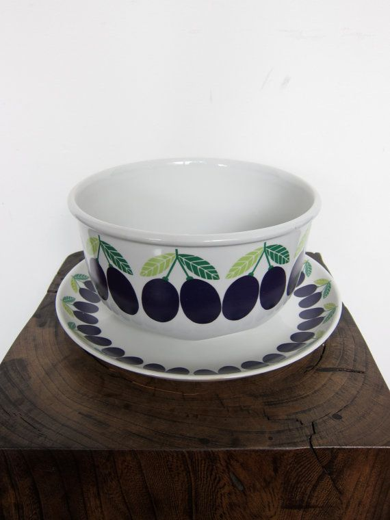 Vintage Arabia Pomona Luumu Plum Large Bowl and by ModernSquirrel, $140.00