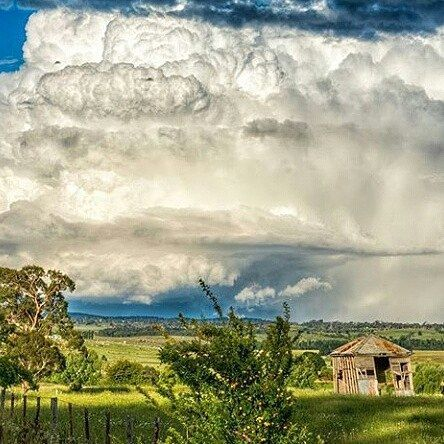 Another stunning photo by @jayson_sharman_photography We are lucky to live in such a beautiful world. ‪#‎gleninnes‬ ‪#‎beautifulscenery‬ ‪#‎beauty‬ ‪#‎countrytown‬ ‪#‎countryscene‬ ‪#‎stormcloudsgathering‬ ‪#‎stormyskies‬ ‪#‎countrycharm‬ #countryscene ‪#‎countryrustic‬ ‪#‎instalike‬ ‪#‎photooftheday‬ ‪#‎instagood‬ ‪#‎instagram‬