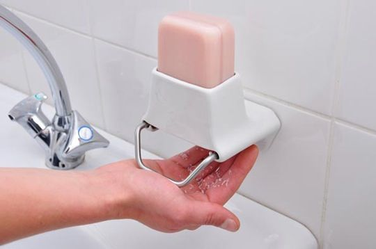 You may like the economical and ecological benefits of using bar soap in the bathroom, but the pool of water that accumulates in your dish can seem to be the opposite of clean. Designer Nathalie Stämpfli has come up with two soap shaving devices that create fresh flakes for each washing experience.
