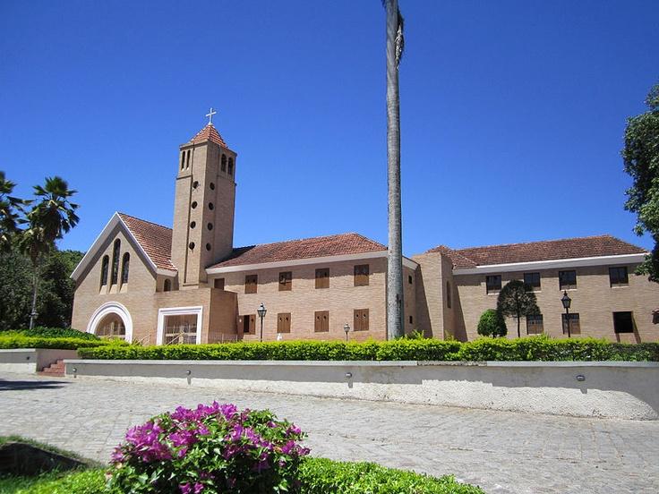 File:Seminário São José - Garanhuns, Pernambuco, Brasil.jpg