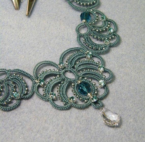 Arabesque collier en frivolité à laiguille motif par Happyland87