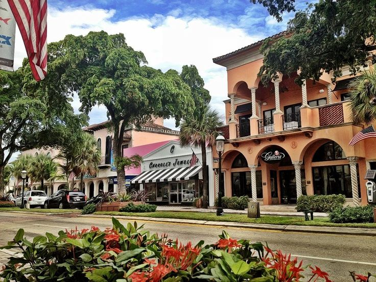 Las Olas Boulevard (Fort Lauderdale, Florida)