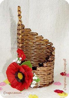 Поделка изделие Плетение Разные плетёные мелочи Бумага газетная Бумажные полосы Трубочки бумажные фото 6