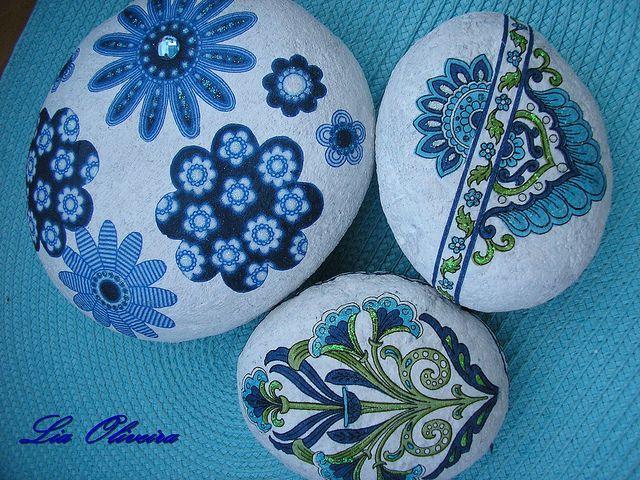 Painted stones: Pebble, Crafts Ideas, Art Crafts, Paintings Stones, Painted Rocks, Stones Crafts, Hands Paintings Rocks, Rocks Art, Rocks Paintings