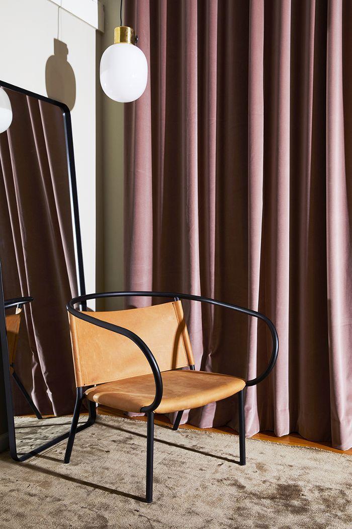 Inside A Scandinavian Inspired Nyc Apartment That S 100 Shoppable Menu Furniture Furniture Design Interior Design
