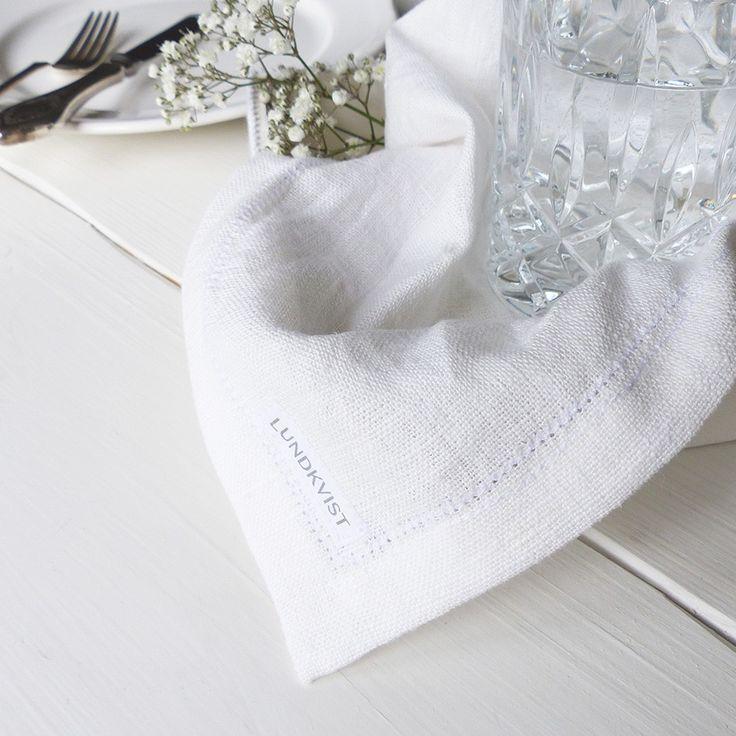 Serviette Linn aus reinem Leinen - Stoffserviette - Leinenserviette für eine wunderschöne Tischdeko. So hochwertig und nachhaltig.