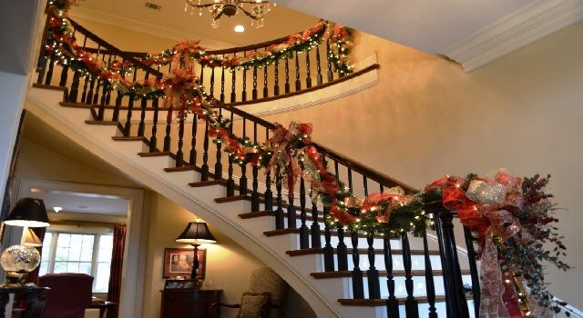 Decorating a Spiral Staircase for Christmas