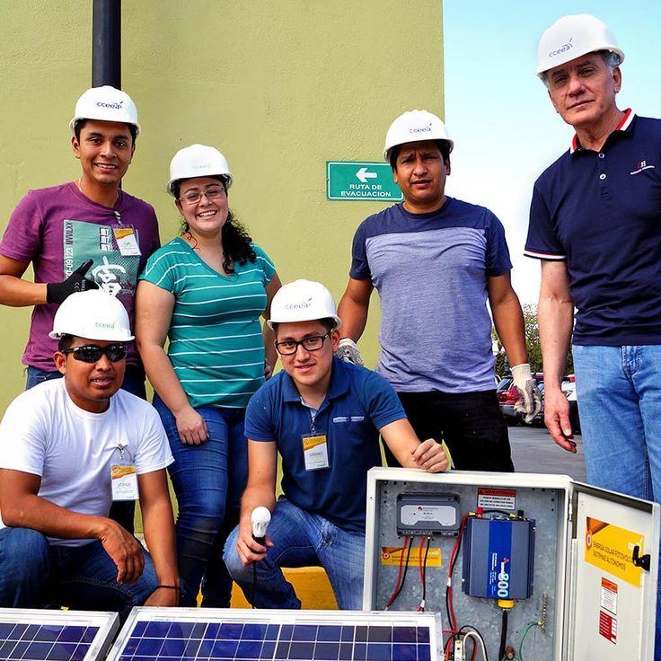 En México hay 500 mil viviendas sin energía eléctrica. Ellos están listos para llevar energía limpia. . . . . . . #solarpanels #energíasolar #ingenieria #electricidad #responsabilidad #fotovoltaico #cleanenergy #sustentabilida #pvpanel #curso #cceealatinoamerica #cceea
