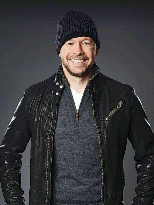 Donnie Wahlberg... One gorgeous man!