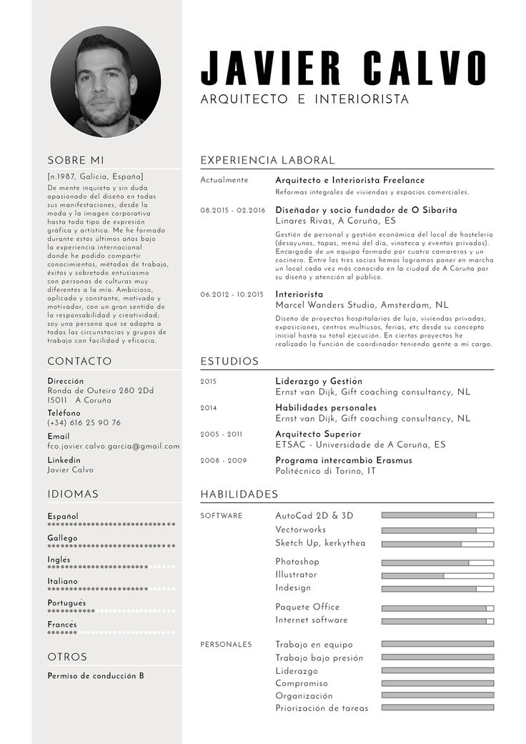 Diseño atractivo de CV en español. Javier Calvo Arquitecto e Interiorista.