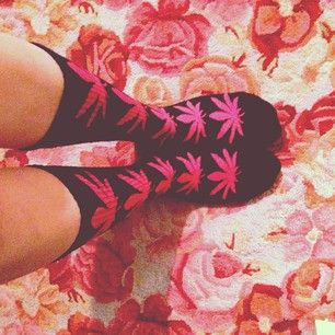Silly cute weed leaves in pink