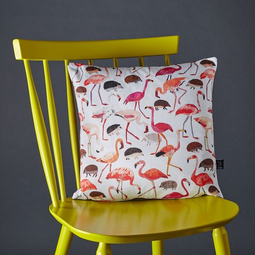Alice in Wonderland cushion featuring flamingos and hedgehogs playing croquet.